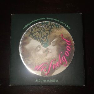 Benefit Cosmetics - Dr. Feelgood BNIB